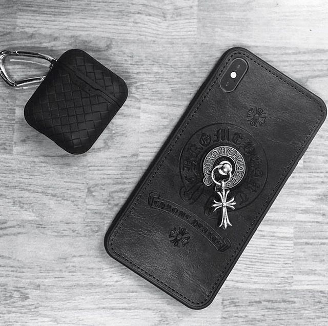 Ốp lưng IPhone da Chrome Hearts